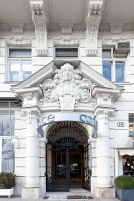 Titel: 087 Türe Stubenring 49 x 74 cm  Preis: Euro 150,-